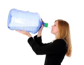 как ты можешь пить столько воды