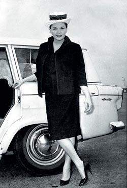 Знаменитую американскую актрису и певицу Джуди Гарленд Брэгг избавил от мигрени. Фото: AP/FOTOLINK