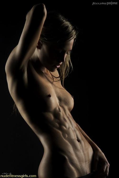 фото красивых девушек голых спортивных