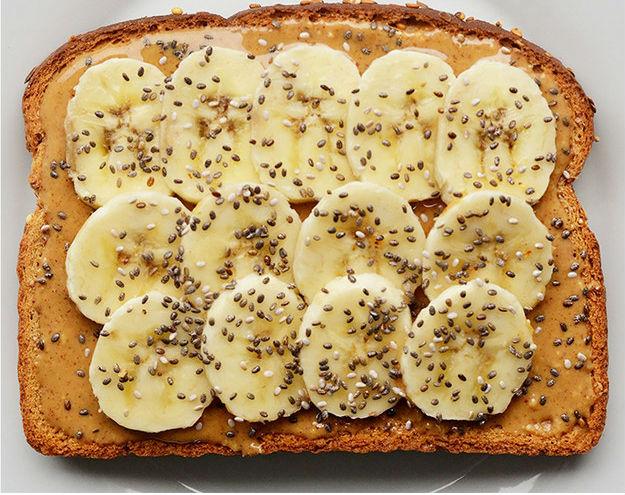 бутер с бананом и чиа