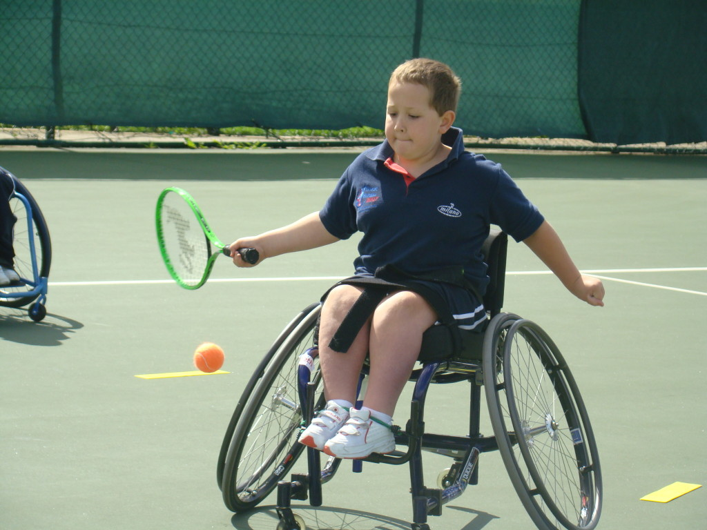 Wheelchair-Tennis-young-lad