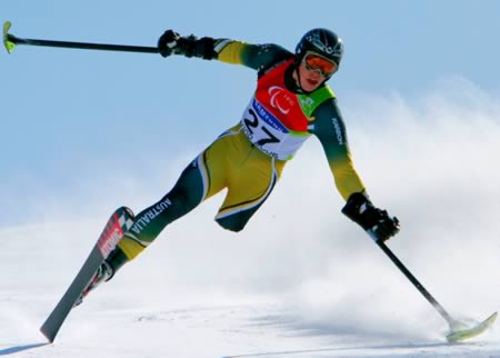 a98313_prosthetics_2-skiing