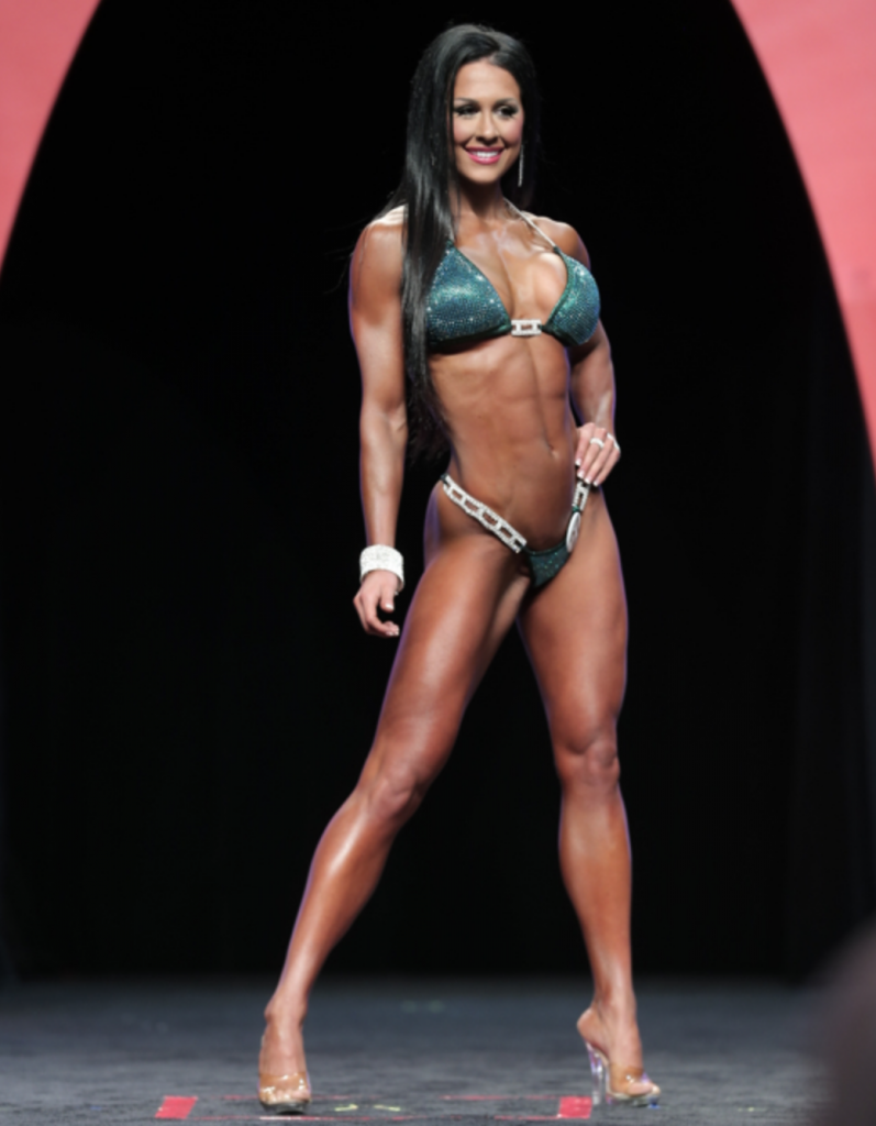 Bikini: Ashley Kaltwasser