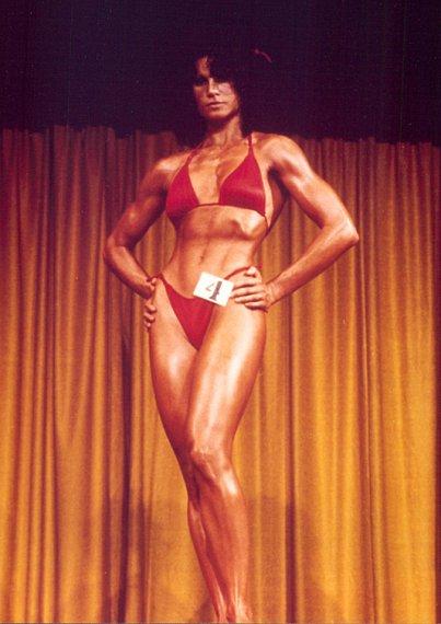 Лиза Лайон на соревнованиях