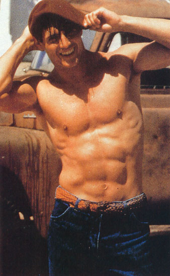 Tom Cruise without shirt