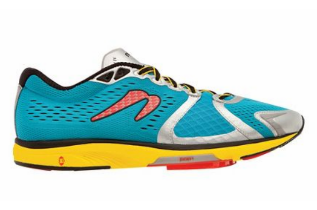 9 netwon Gravity IV - road runner sports