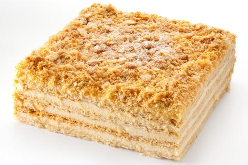 200-граммовый кусок торта Наполеон содержит столько же калорий, сколько 12 яиц