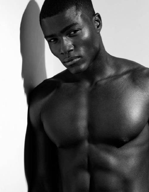Самые красивые черные парни фото 507-27