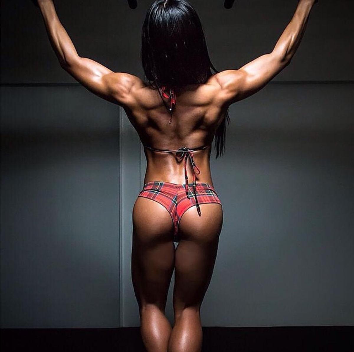 Смотреть красивого женского тела 164