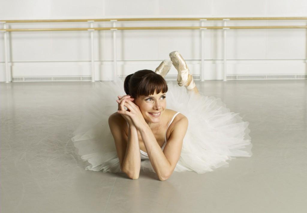 46-летняя британская балерина Darcey Bussel в своей студии в Лондоне.