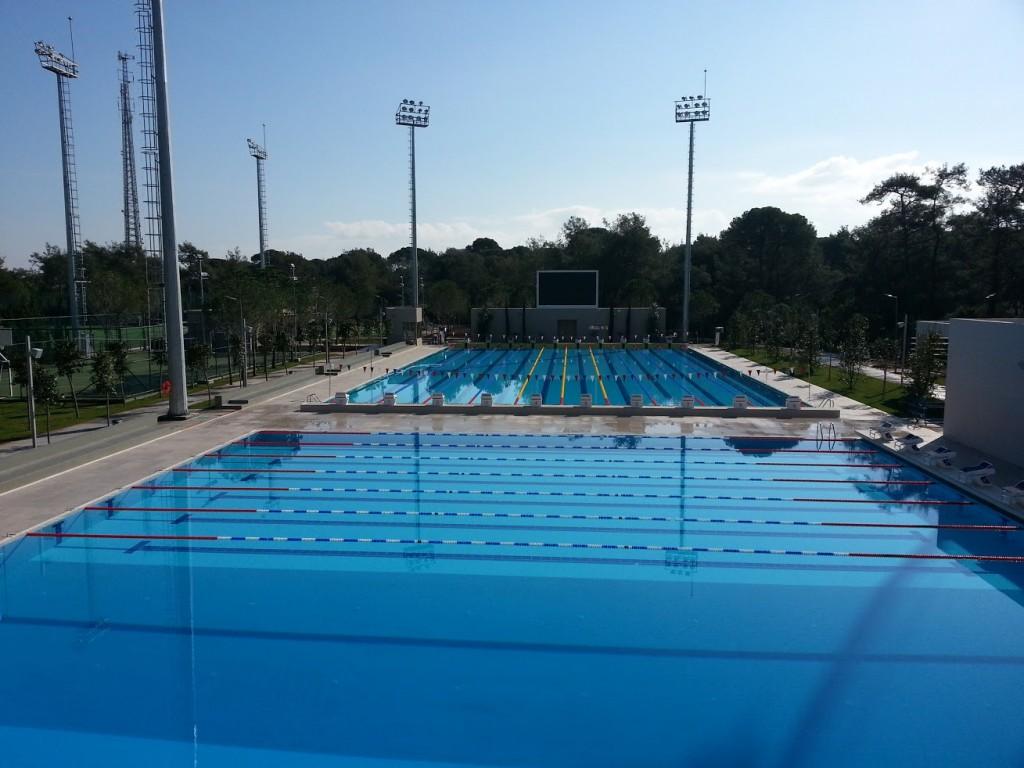 Открытые бассейны Gloria Sports Resort