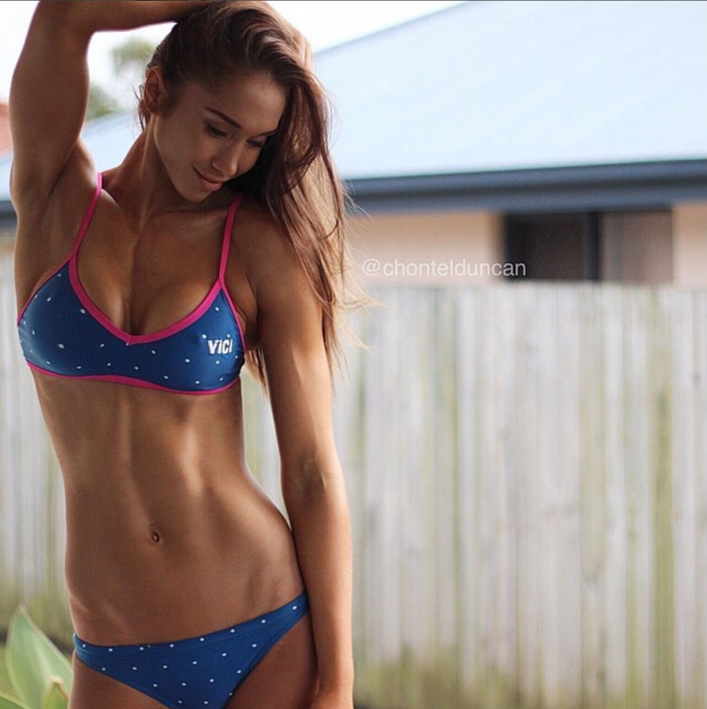 голые_фитнес_модели_2