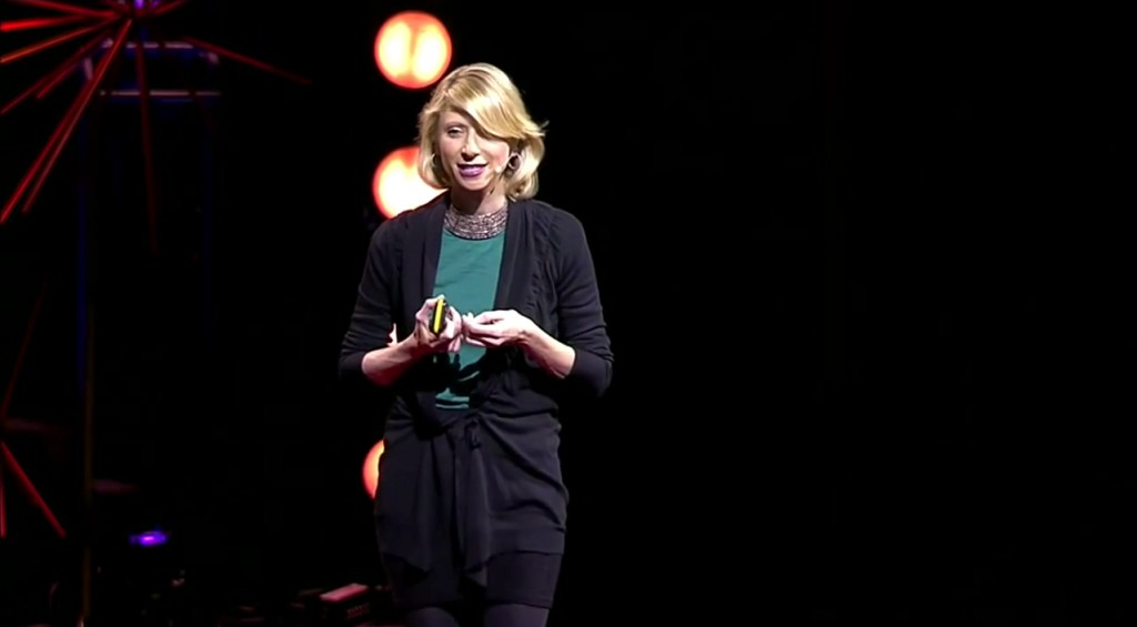 Amy_Cuddy__Your_body_language_shapes_who_you_are_-_YouTube