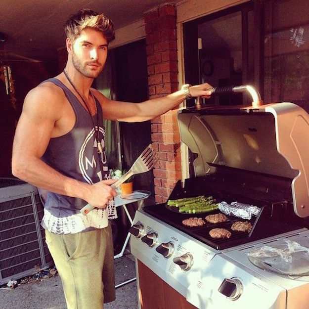 Hot-Guys-Cooking-EMGN6