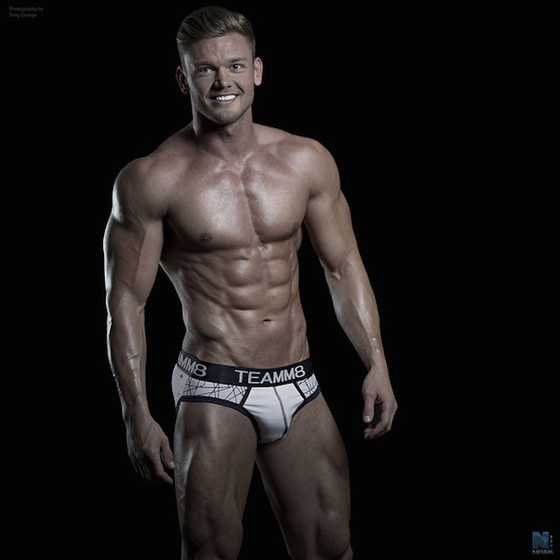 male-fitness-model-hunk-3