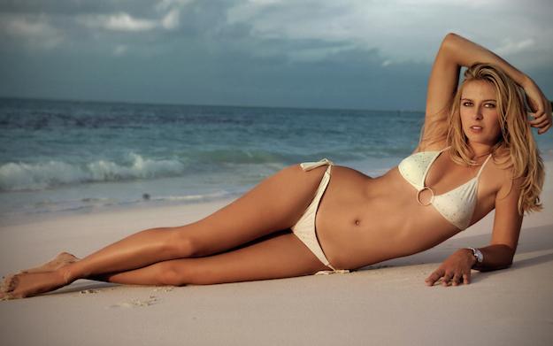 maria-sharapova-at-beach-hd-wallpapers-new-desktop-images-of-maria-sharapova-free-download
