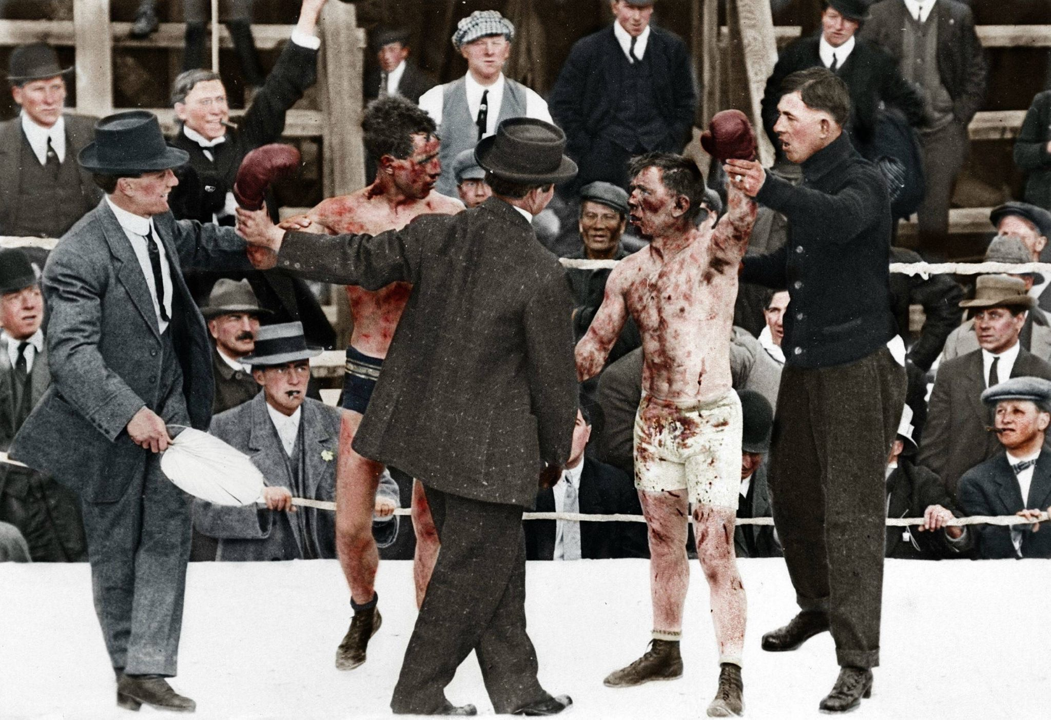 Боксерский поединок между Реем Кэмпбеллом и Диком Хайлендом, 1913 год, Канада