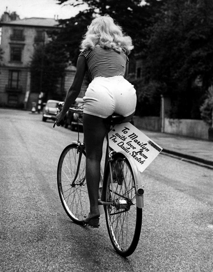 Мэрилин Монро после пресс–конференции, 1956 год, Лондон