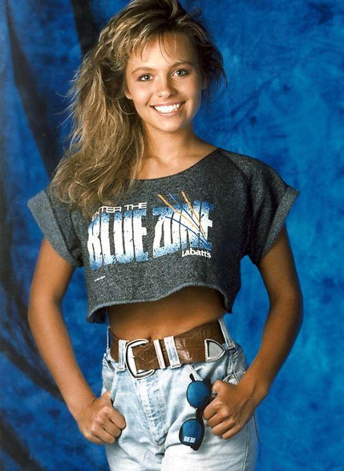 21–летняя Памела Андерсон, Ванкувер, 1989