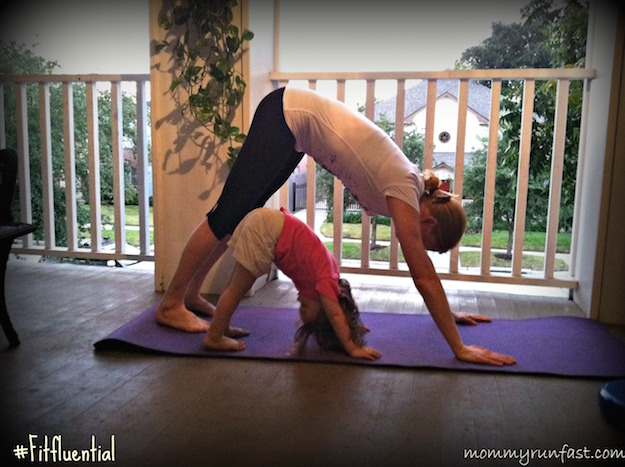 fitfluential-mother-daughter-yoga
