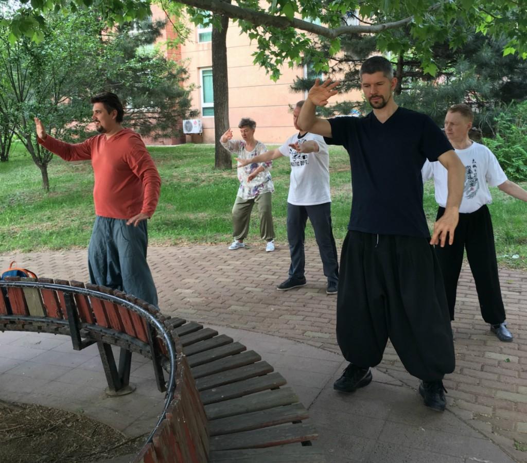 Сидоров_групповые занятия цигун_Пекин