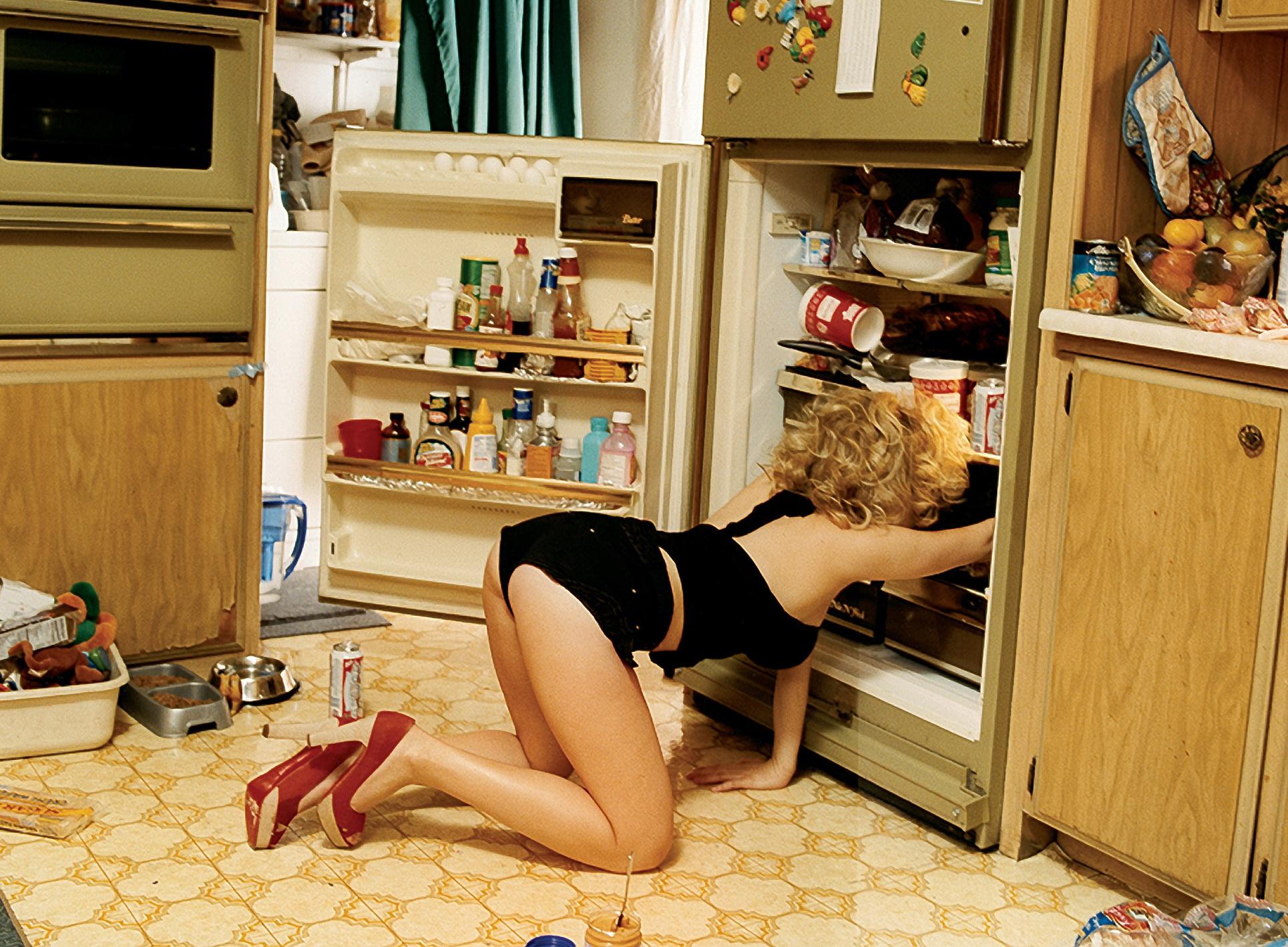 Толстые на кухне, Толстушки на кухне - видео top Her Flesh HD 12 фотография