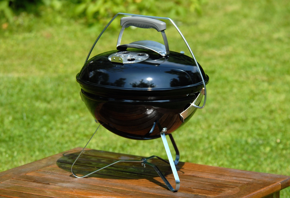 weber-smokey-joe-premium-black-33