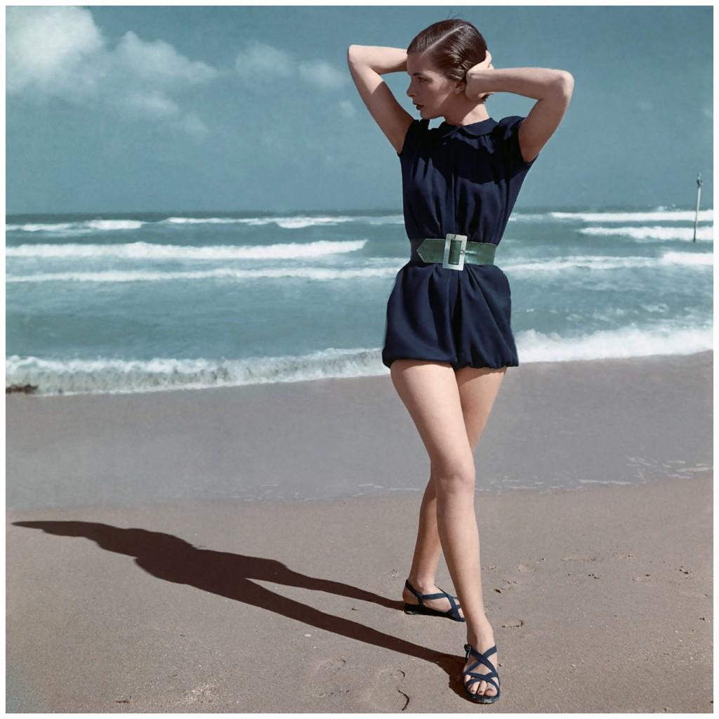 Модель на пляже, 1946 год