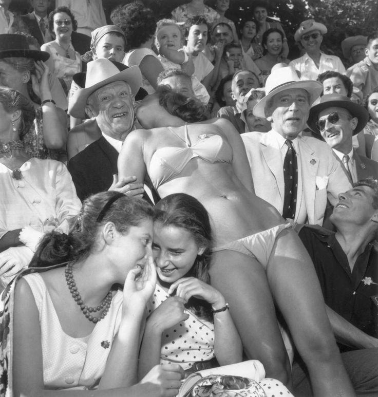 Пикассо и Кокто на бое быков, 1956, Валлорис, Франция