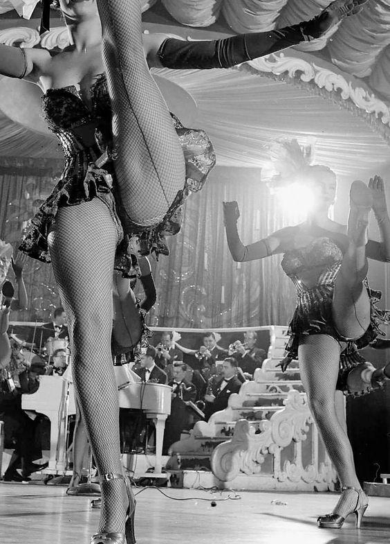 Showgirls, 1949