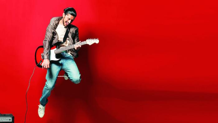 Farhan-Akhtar-Guitar-Wallpaper