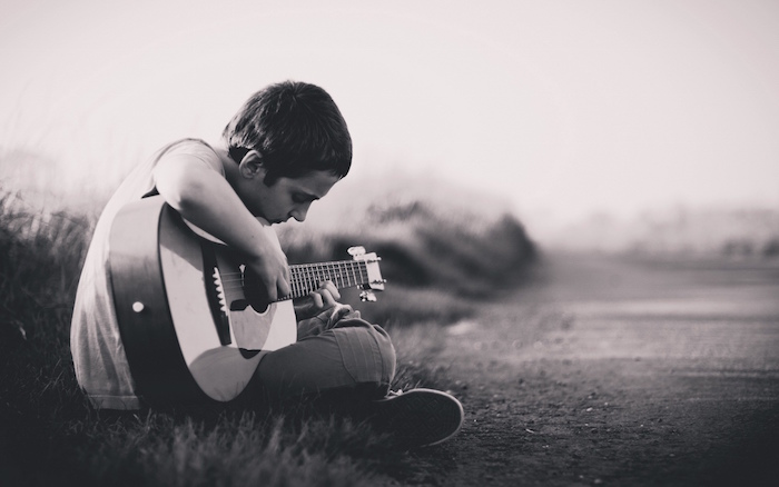 boy-play-guitar-pictures
