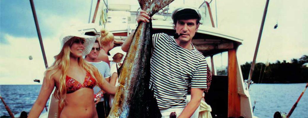 Хью Хефнер и Барби Бентон на рыбалке Майами 1970