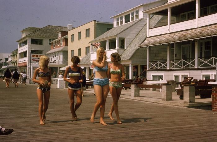 Променад в бикини, 1967 год, Оушен сити, Мэриленд, США