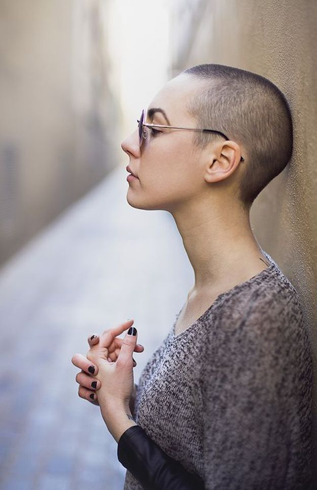 no hair women zozhnik 11