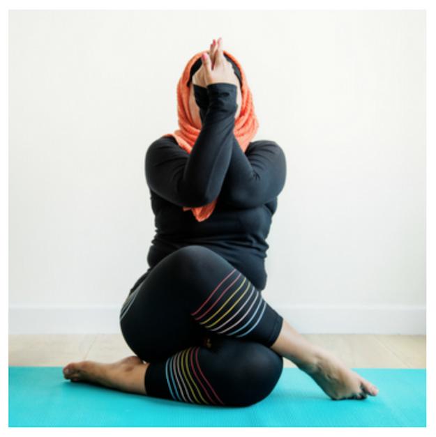 7fbc201811c0 9 причин добавить к фитнесу йогу – Зожник — как похудеть, накачать ...